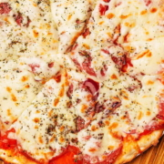 Пицца с Салями Кафе 3 Этаж